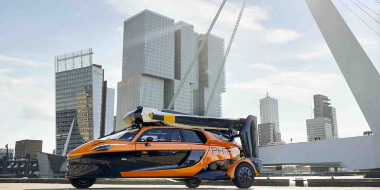 Flying Car Pal V Liberty 4