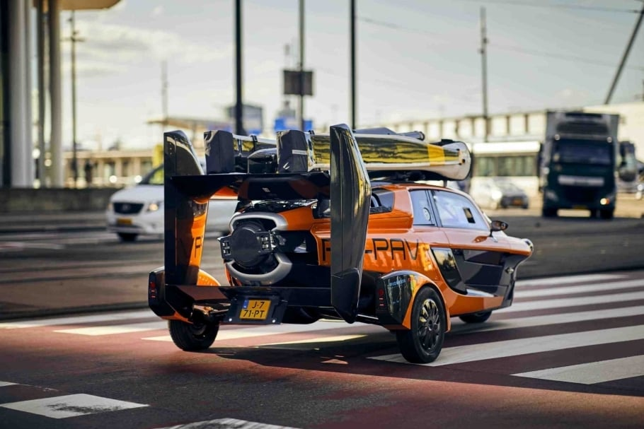 Flying Car Pal V Liberty 3